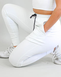 Royal Jogger - White (W)
