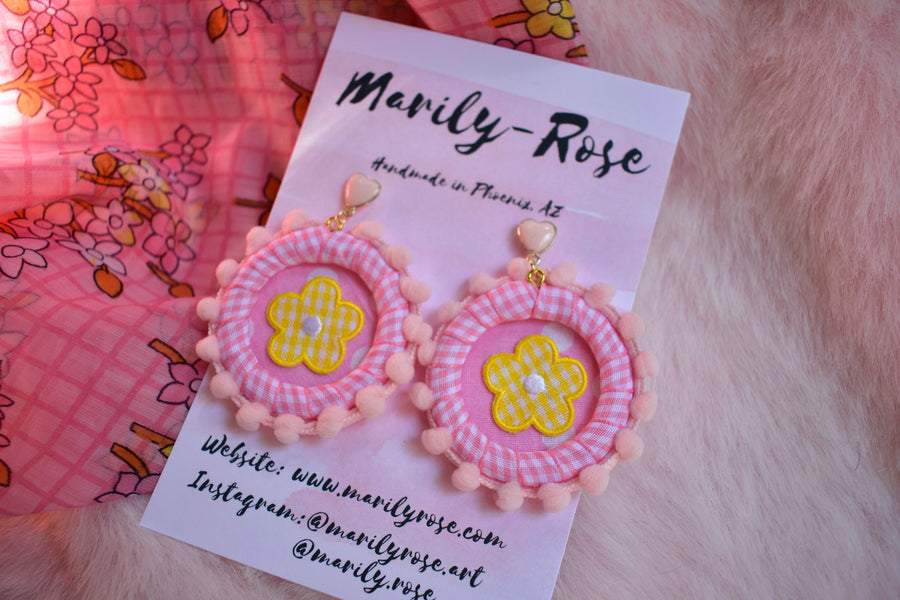 Kitschy Daisy Pink Gingham Flower Earrings