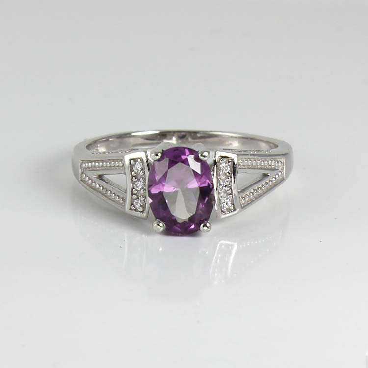 Color-Changing Alexandrite and Diamonds Ring 925 Sterling Silver / Vintage-Style