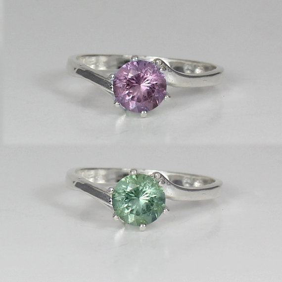 Color-Changing Alexandrite 925 Sterling Silver Ring / Solitaire Round-Shaped