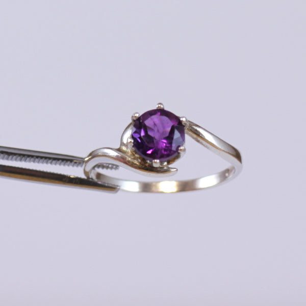 Natural African Amethyst Ring 925 Sterling Silver / Round-Shaped February Birthstone