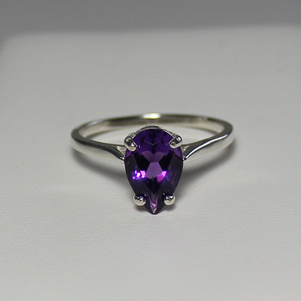 Natural African Amethyst Ring 925 Sterling SIlver / Pear-Shaped