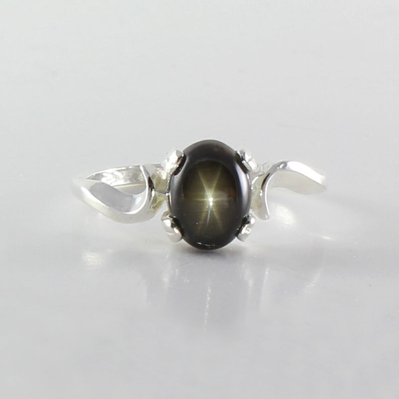 Genuine Black Star Sapphire 925 Sterling Silver Ring / Bypass-Style