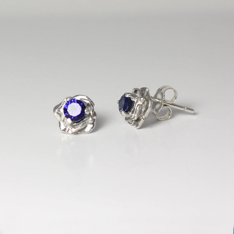 Blue Sapphire Stud Earrings 925 Sterling Silver  / Flower-Style