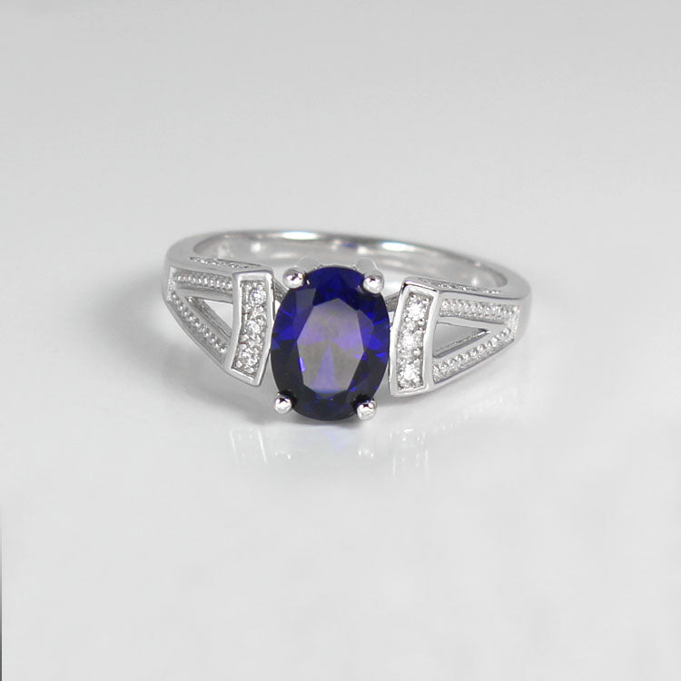 Blue Sapphire Ring 925 Sterling Silver / Oval-Shaped