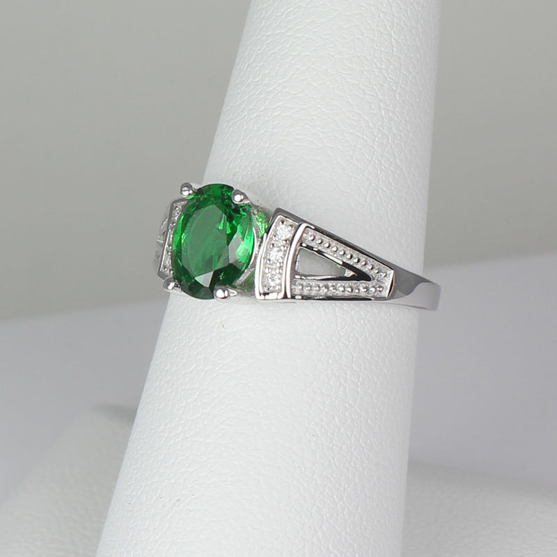 Emerald Ring Sterling Silver with Diamond Accents / Oval-Shaped