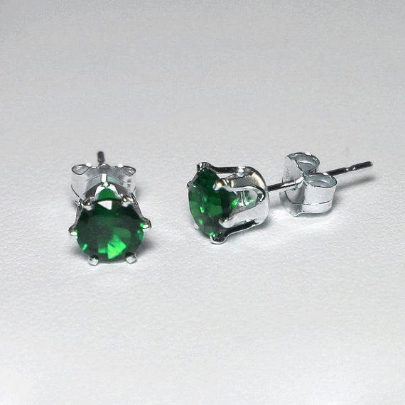 Green Emerald Stud Earrings 925 Sterling Silver  / Round-Shaped