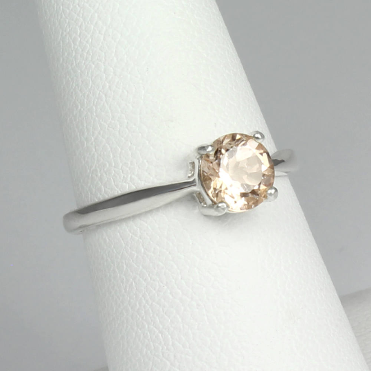 Natural Pink Morganite Ring 925 Sterling Silver / Round-Shaped