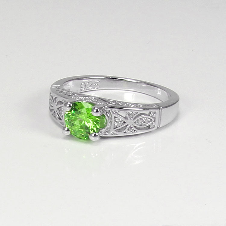 Natural Peridot Ring 925 Sterling Silver / Celtic-Style