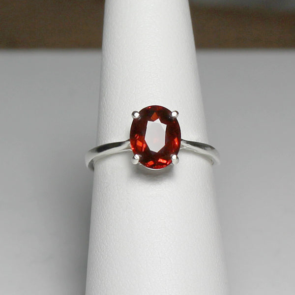 Natural Spessartite Garnet Ring 925 Sterling Silver / Oval-Shaped