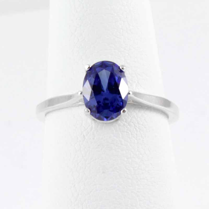 Tanzanite Ring 925 Sterling Silver / Oval-Shaped Solitaire
