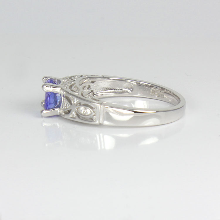 Tanzanite Ring 925 Sterling Silver / Celtic-Style