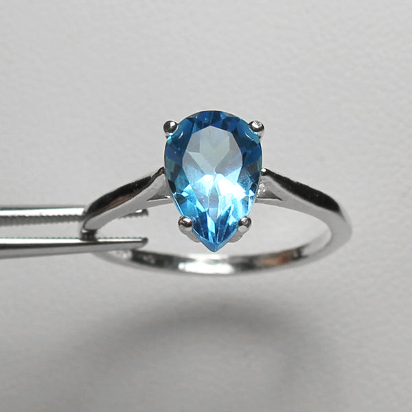 Natural Swiss Blue Topaz Ring 925 Sterling SIlver / Pear-Shaped