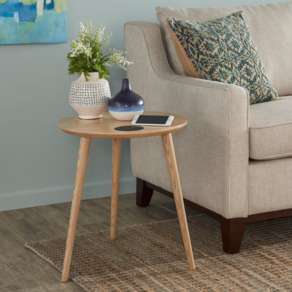 Light Oak Finish End Table With Wireless Charger