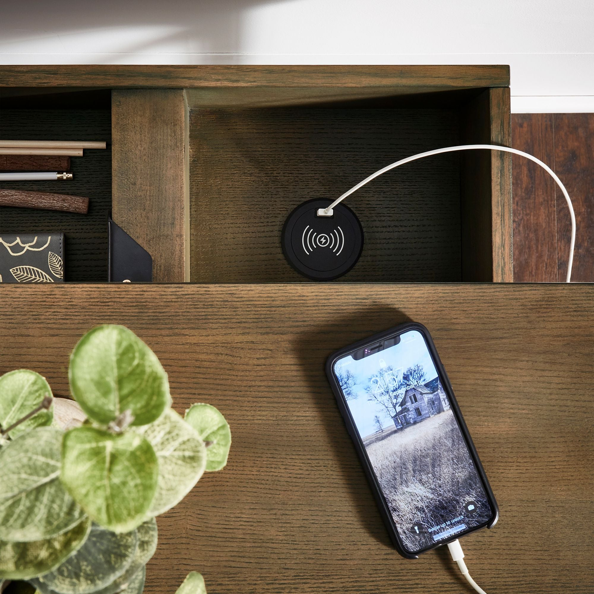 Lift top desk with one USB charging port and wireless charging station - Oak