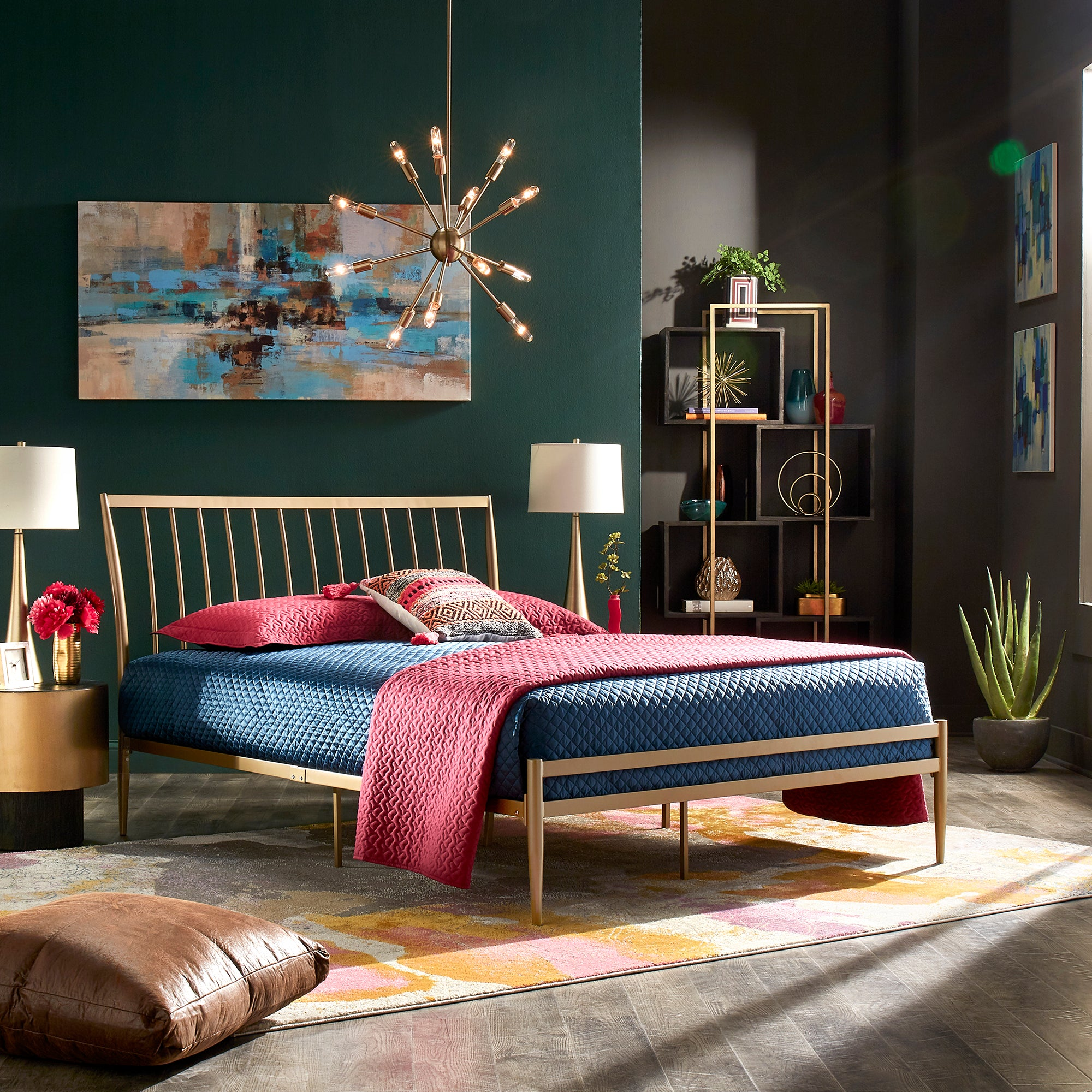 Gold Finish Metal Bed - Queen (Queen Size)