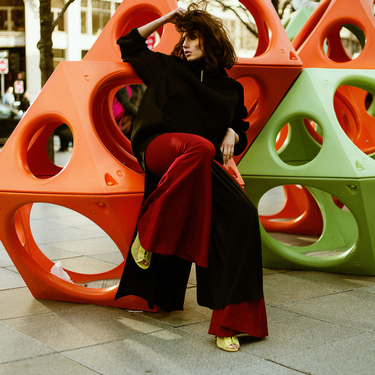 Angelica Timas - Grundge in City Editorial