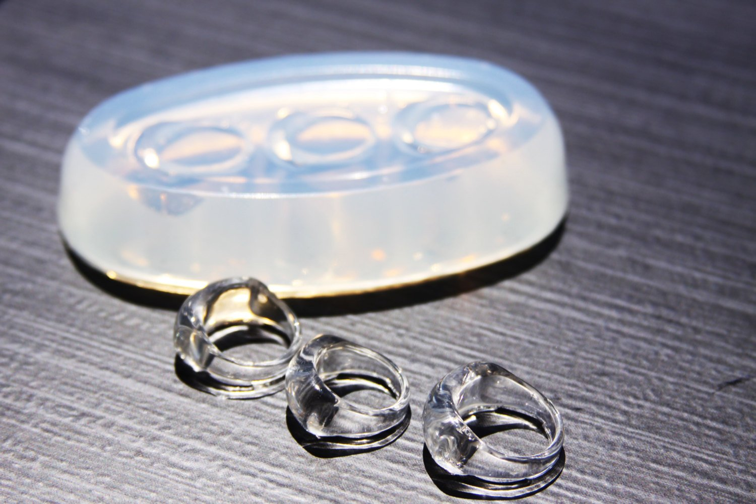 Free USA Shipping. Clear handmade Silicone Mold for Ring size 7.75. 1-91