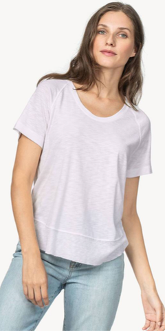 Short Sleeve Scoop Neck Tee in Lilac