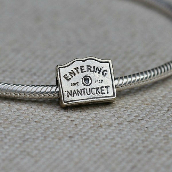 Entering Nantucket Sign Charm Bead