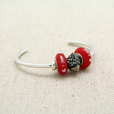 Cuff Bracelet with Christmas Dory & Red Beads