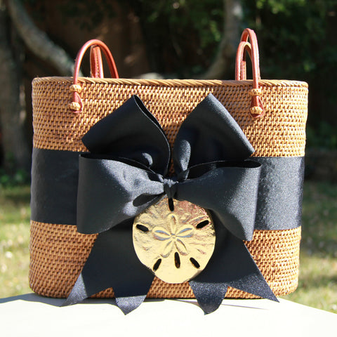 Black Oval Basket Gold Sanddollar