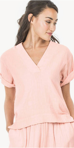 Short Sleeve V-Neck Top in Primrose