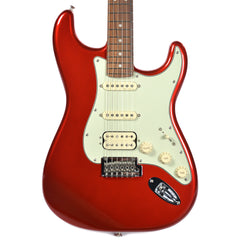 Fender Deluxe Stratocaster HSS PF Candy Apple Red w/Gig Bag