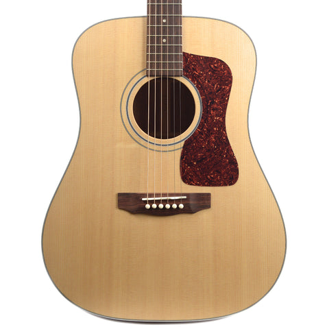 Guild USA D-40 Dreadnought Sitka Spruce/Mahogany Natural Floor Model
