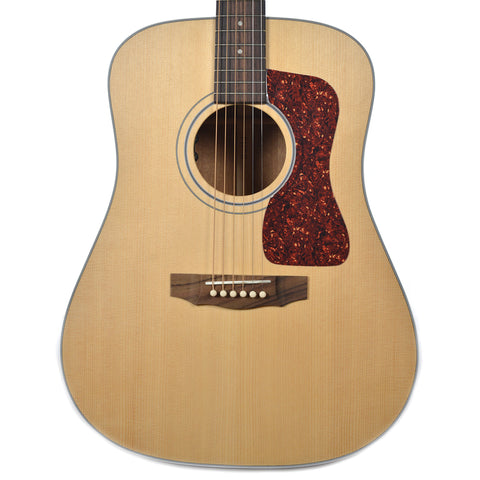 Guild USA D-40 Dreadnought Sitka Spruce/Mahogany Natural w/LR Baggs Pickup