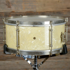 Ludwig 6.5x14 Universal 6 Lug Snare Drum White Marine Pearl 1940s USED