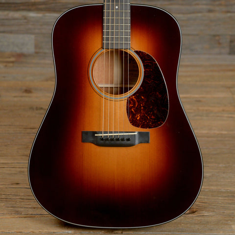 Martin D-18GE Golden Era Sunburst 2015 (s435)