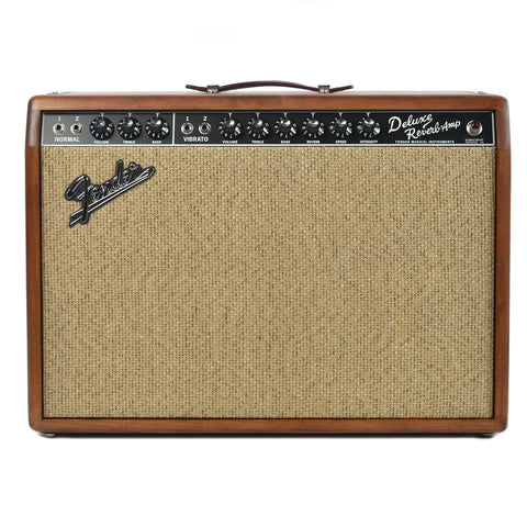 Fender Limited Edition '65 Deluxe Reverb Knotty Pine
