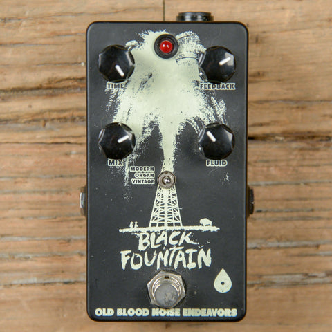 Old Blood Noise Black Fountain Delay Inverse White on Black USED