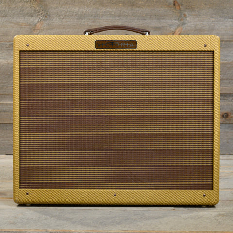 Victoria 50212 Tweed Twin 2x12 Combo USED
