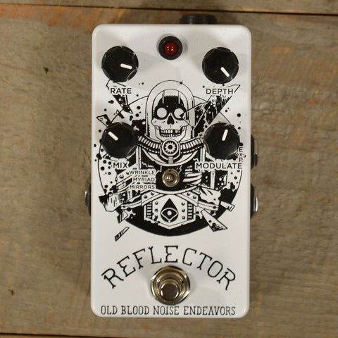Old Blood Noise Reflector Chorus Noisemaker CME Exclusive White and Black USED