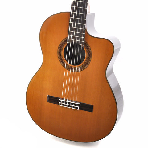 Cordoba C7-CE Cedar with gig bag