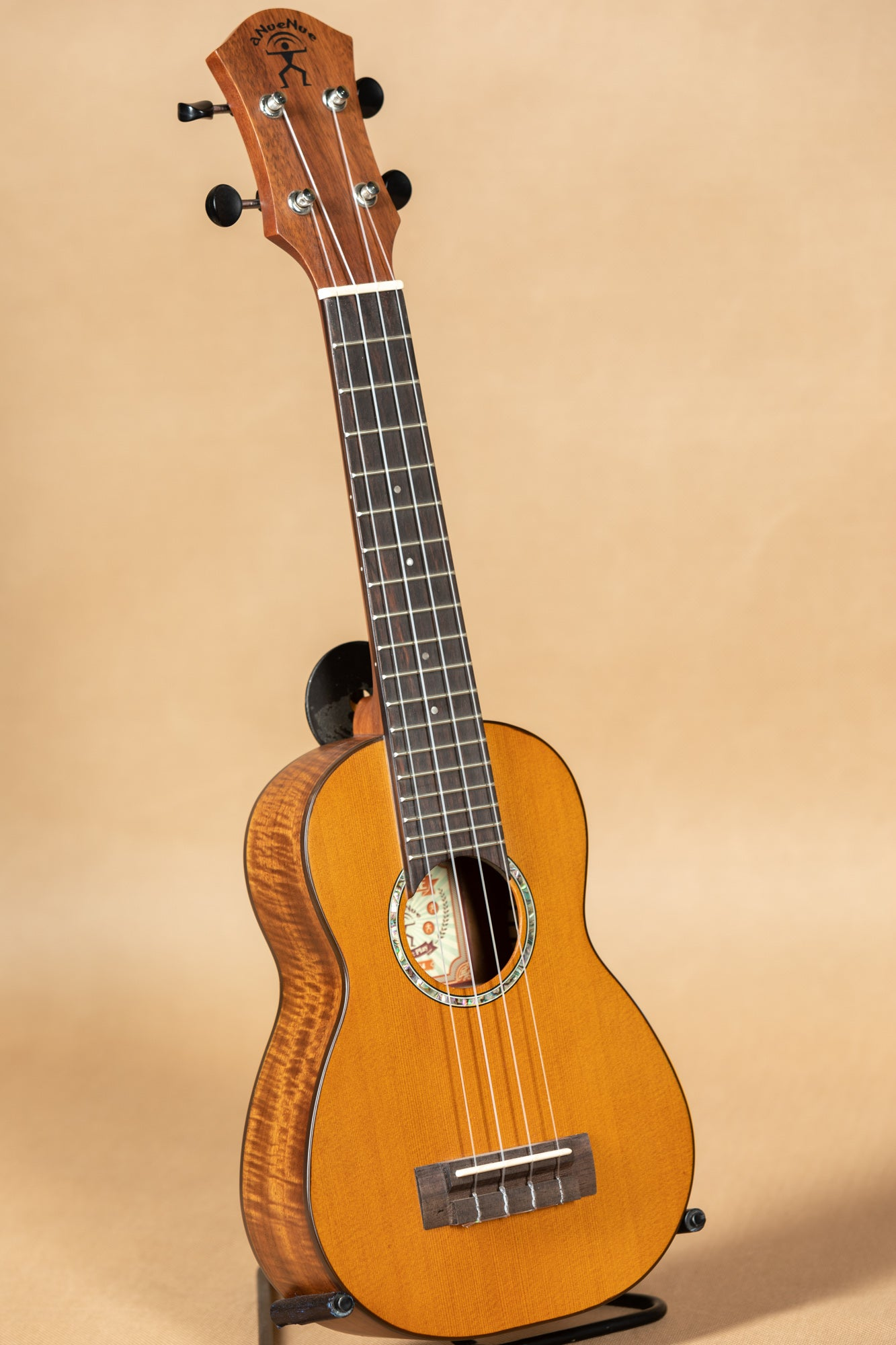 aNueNue Hawaiian Dream Series S4 Solid Cedar Top Soprano Ukulele