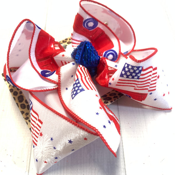Vintage American Flag Truck Red White & Blue Fun iBOWZ ~ Perfect for all your Red white & Blue festivities