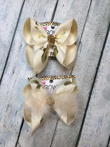 Very Limited ! OH DEER! Cream fun bow with Gold Metallic Deer