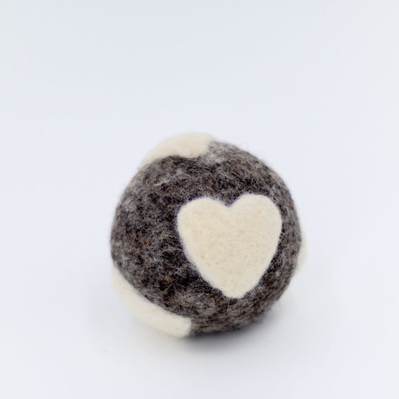 Dark Gray with White Hearts Dryer Balls Fibres of Life - Strivezy