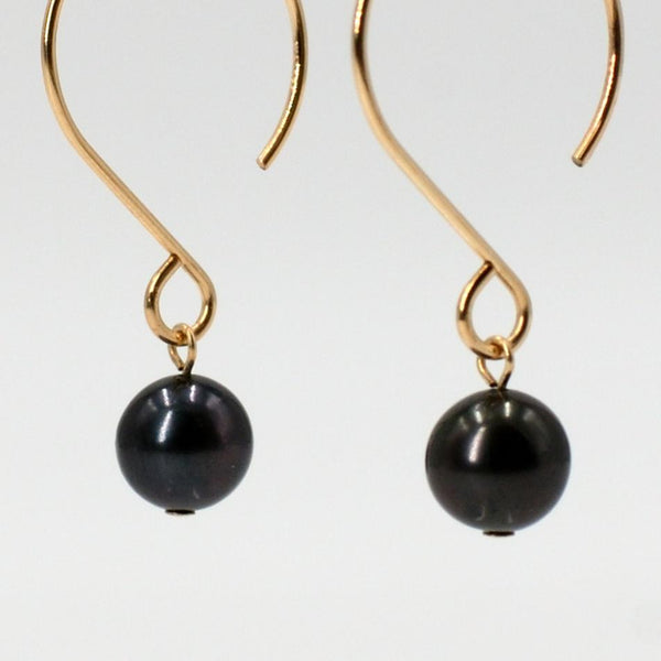 Lena Black Pearl Earring in Gold Maria Kamara Designs - Strivezy
