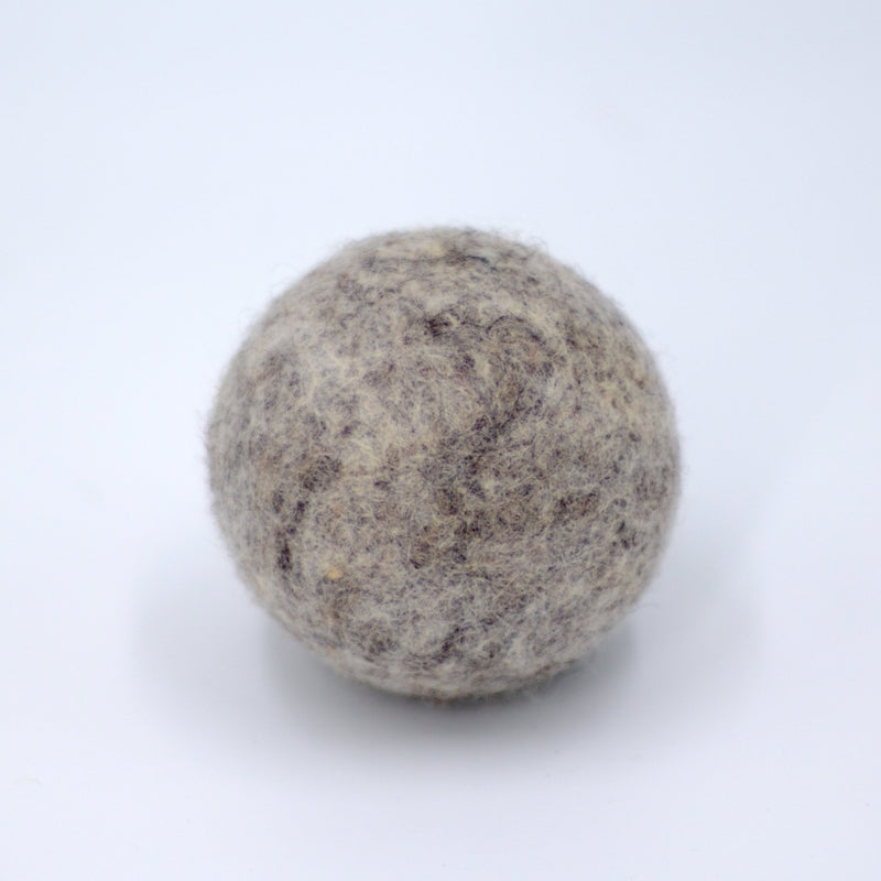 Light Gray Dryer Balls Fibres of Life - Strivezy