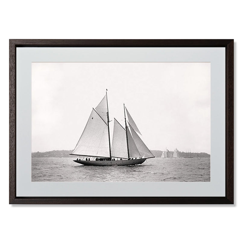 "Sailing Off Cowes I Smith & Co Galleries 24"" x 18"" Modern Wood 5mm Luxe Floated - Strivezy"