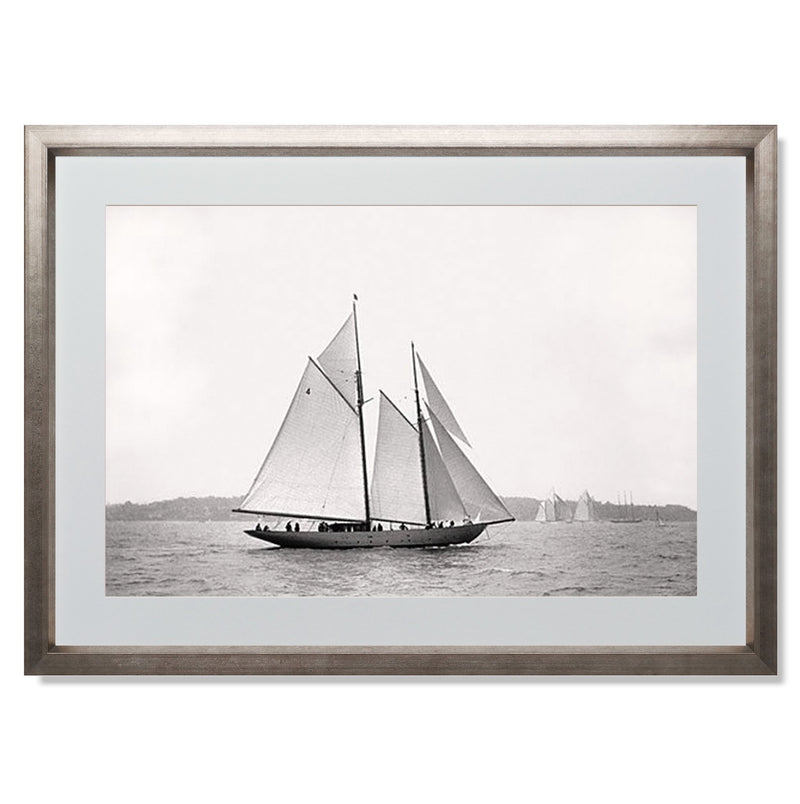 "Sailing Off Cowes I Smith & Co Galleries 24"" x 18"" Warm Silver 5mm Luxe Floated - Strivezy"
