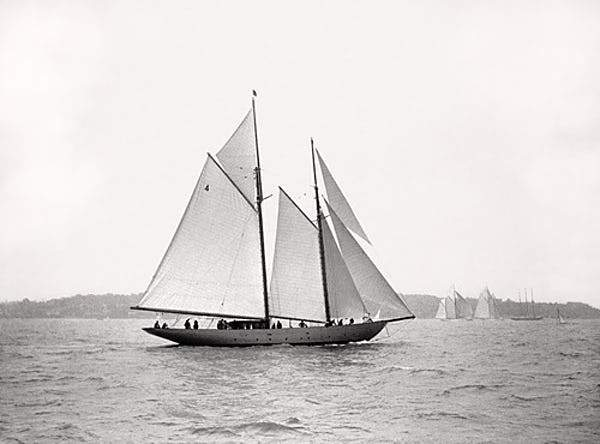 Sailing Off Cowes I Smith & Co Galleries - Strivezy
