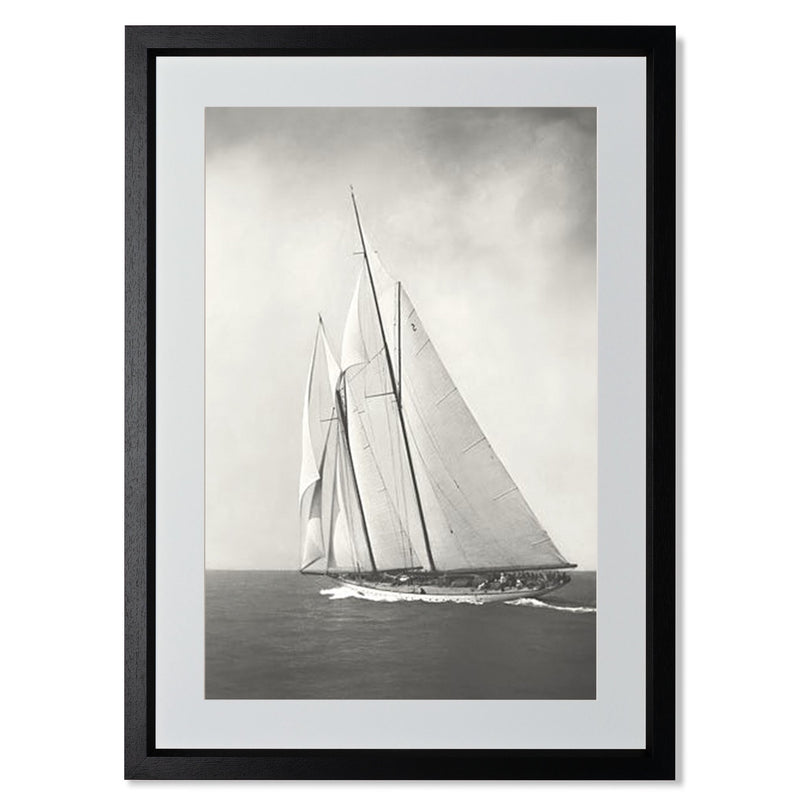 "Sailing Off Cowes II Smith & Co Galleries 18"" x 24"" Black 5mm Luxe Floated - Strivezy"