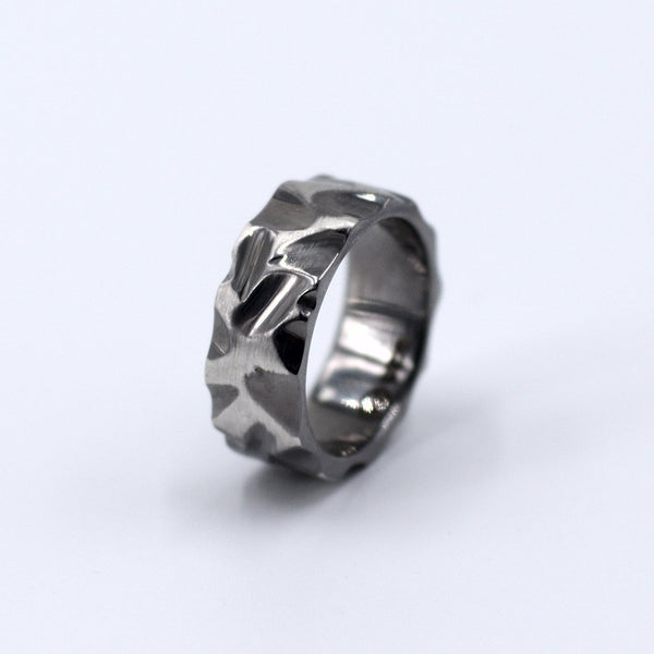 Table Mountain Grooves Ring Elegante - Strivezy