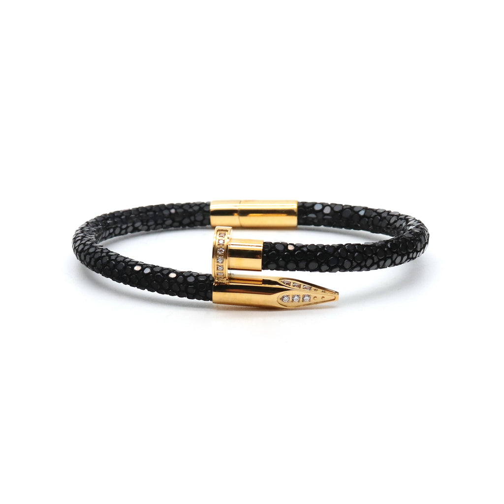 Black Clavus Stingray Yellow Gold Bracalet