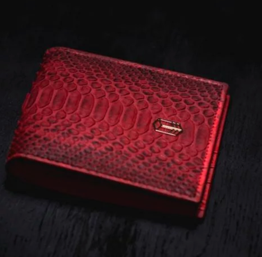'Rari Red Wallet